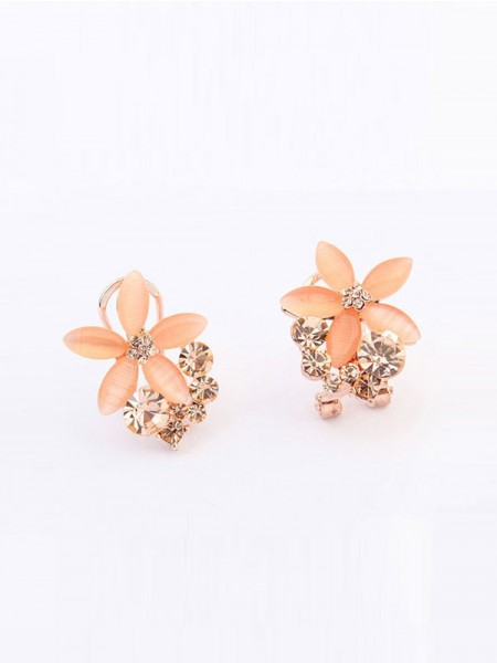 Occident Boutique Five Petal Schlussverkauf Ear Clip